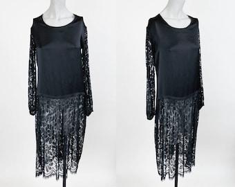 Vintage 20s Dress / 1920s Black Silk and Lace Drop Waist Tunic Dress XS S