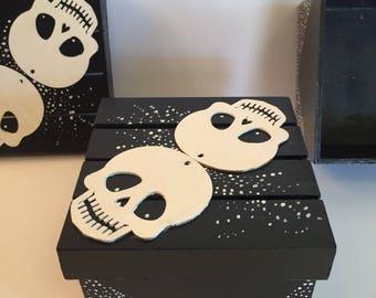 Black and white wooden skull keepsake boxes