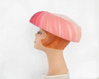 1950s pink hat, vintage 50s mushroom toque