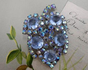Vintage Blue Aurora Borealis Rhinestone Leaf Brooch    ODB5
