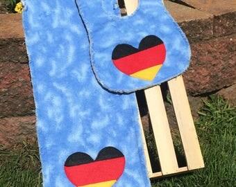 German colors burpcloth and bib set (boy)
