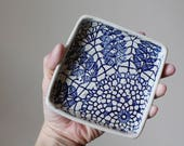 Garlic and Oil Plate - Garlic or Ginger Grater - Lace - Cobalt Blue and Cream