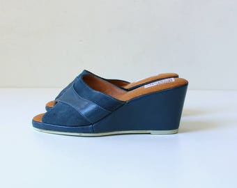 1950s Leather and Suede Wedge Mules // 50s Vintage Open Toe Slip On Shoes //  Womens Size 5.5  EU 35