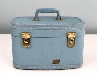 Vintage Hawthorne Blue Train Case, Small Suitcase, Makeup Case, Cosmetic Case, Vintage Suitcase, Movie Prop, Stage Prop, Film Prop