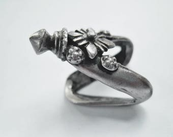 Rare Silver Ring, V Shaped Tribal Indian Jewelry From Central India