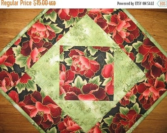 Sale Christmas in July Mug Rug, Table Topper, Wall Hanging, Candle Mat, quilted, handmade