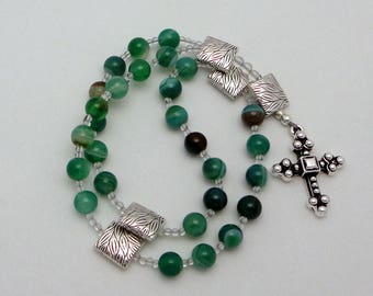 Anglican Rosary / Protestant Prayer Beads in Mountain Jade with TierraCast Pewter Byzantine Cross