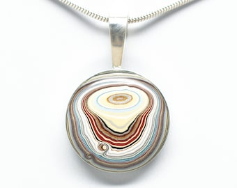 1970's Sterling Silver Fordite 20 mm Round Necklace