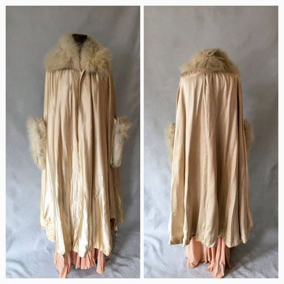 1920s Cream Silk Opera Coat, Fur Trim Sleeves