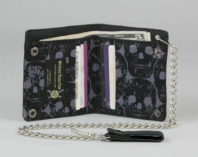 Black Skulls Vegan Chain Wallet, Black Canvas, Detachable Silver Chain, Dark Gray Fabric Pockets, Bifold Wallet