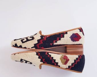 Women Shoes vintage handmade Kilim Euro Size 39 shipping by Dhl