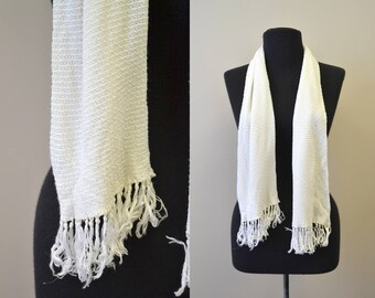 1950s White Silk Knit Fringed Scarf
