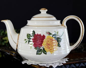 Sadler Teapot, Vintage Sadler Tea Pot, 4 Cup Pots, Red and Yellow Roses 13992