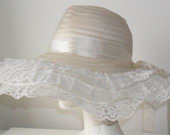 1970s Vintage White Lace & Silvery Nylon Mesh Floppy Hat