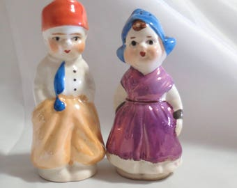 Vintage Luster Dutch Boy and Girl Children Salt and Pepper Shakers