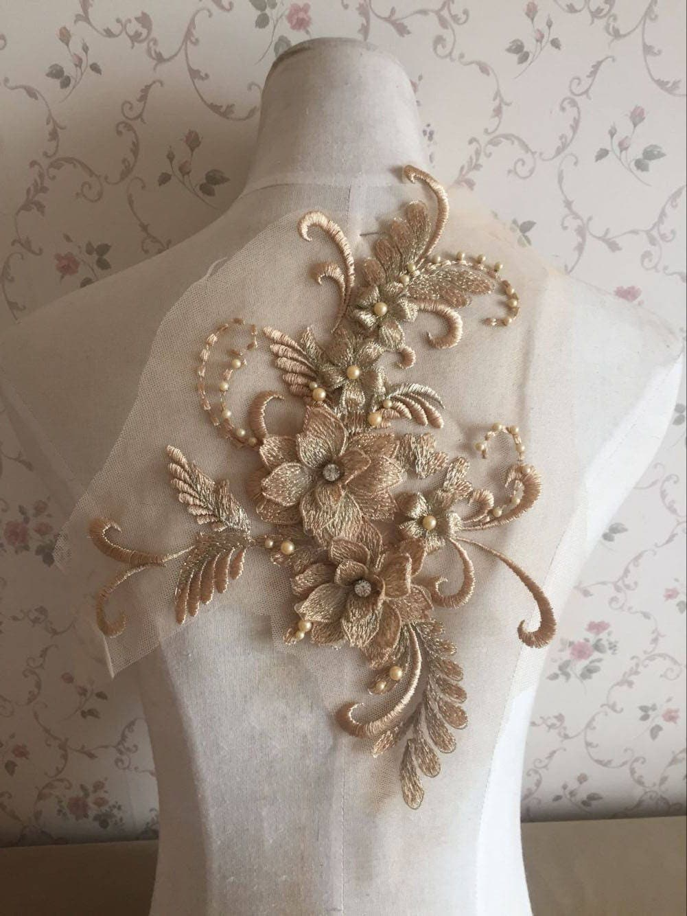 pearl beaded lace applique 3d flowers patch motif for costume