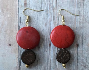 Red and brown round beaded earrings