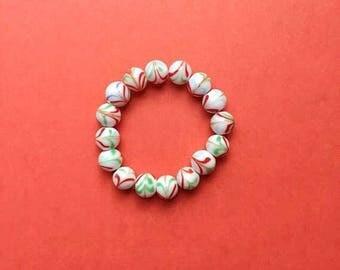 White glass bracelet, white bead bracelet, stretch bracelet, stretchy bracelet, white bracelet, stacking bracelet, beaded bracelet