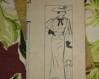 Vintage Pattern c.1940's Marian Martin No.9500 Size 16 Shirred Sleeve Accent