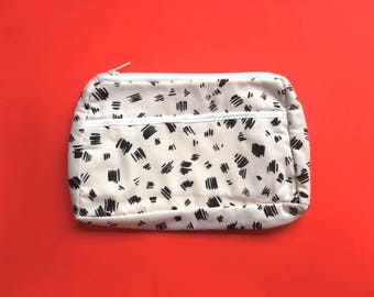 NOS Vintage 80s White Abstract Leopard Print Make Up/ Toiletry Bag