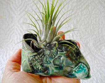 Green Air Plant Holder, Ceramic Planter, Air Plant planter, tiny planter, organic shape, hobbit planter, ring bowl, ring dish, salt bowl,