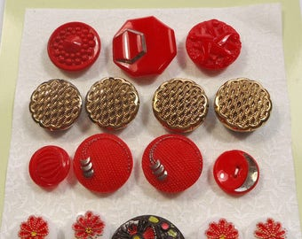 Vintage glass buttons - red glass, gold lustre glass, painted flower buttons (Ref D192)