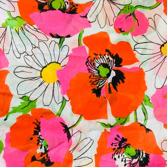 Vintage Red Pink Floral Fabric Large bold Poppy Daisy Mod Retro Sheer Cotton Fabric Yardage