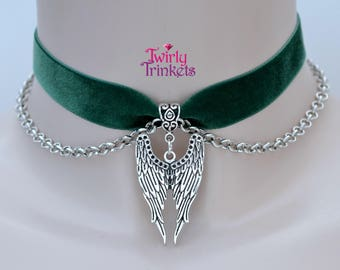 Deep GREEN 16mm Velvet Ribbon Choker With Double ANGEL WINGS Charm And Chain - sc ... or choose another colour velvet, hand made to size :)