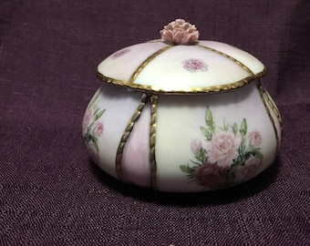 Garden Treasures Trinket Box Lena Liu Carnations Bradford Exchange Waltz of the Flowers Music Box USA Shipping is on Us!