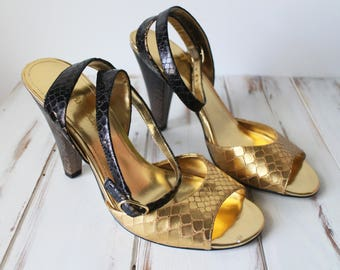 SIZE 7 M Vintage Gold Leather Enzo Angiolini Pumps