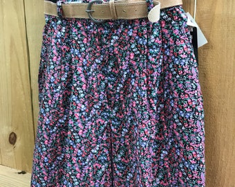 Vintage 90s Floral High Waisted Shorts / Dead Stock High Waist Belted Floral Shorts