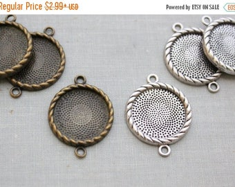 VACATION SALE- 10 pcs 20mm Setting Connector Links - Antique Bronze or Antique Silver