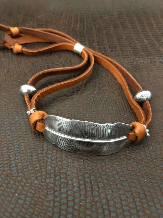 Handmade Jewelry, Southwestern Jewelry, Feather Bracelet, Freshwater Pearl, Navajo Pearl, Leather Bracelet