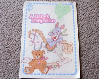 Cross Stitch Booklet, A Baby's Keepsake, Designs by Gloria and Pat 1987