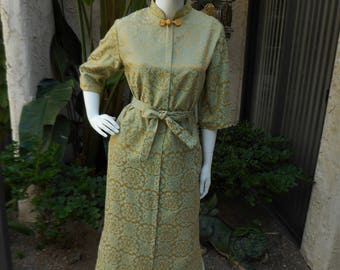 Vintage 1960's Tyrone Sage Green & Gold Ladies Asian Style Robe - Size Small