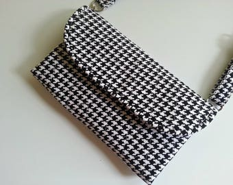 Quilted Wristlet/Wallet Carry-all in Black and White Houndstooth check with handle options