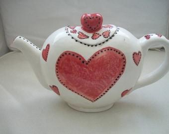Vintage Ceramic Tea Pot With Heart Shape Pattern