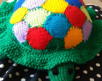 Tortoise knitted toy