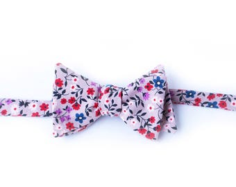 Red & Taupe Floral Bow Tie