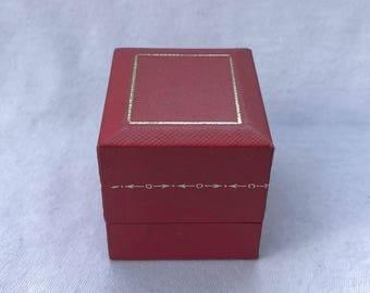 Fab CARTIER Ring Box Red Gold Case Jewelry Designer Velvet Display Vintage