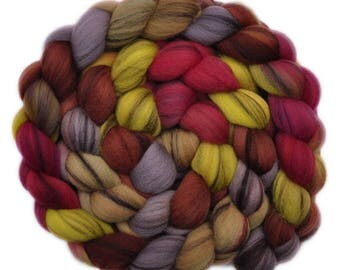 Handpainted roving - 21.5μ Merino wool spinning fiber - 4.1 ounces - Scarborough Fair 1