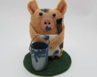 Paoblo the Painter Pig - Pig Gift