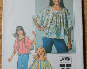 Simplicity Vintage Sewing Pattern 7831 Girls size 8 - 10 Pullover Top 1976