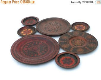 SALE 20% off Vintage Wooden Plates, Hand Carved Plate, Set of 7 Burned Wooden Plates, Folk style Plate 70s, Folk art plates, Wood Plates