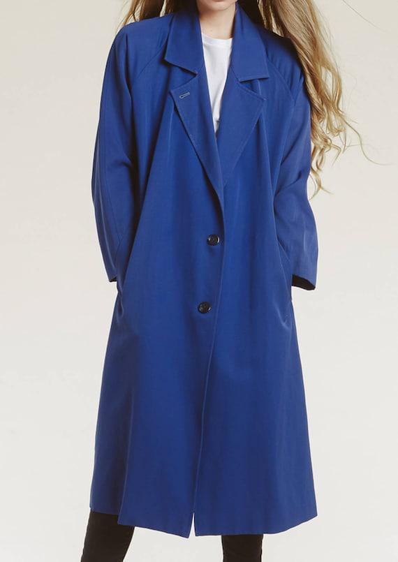 90s minimalist trench coat