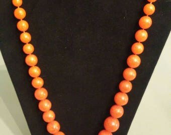 Nice Vintage orange bauble bead necklace