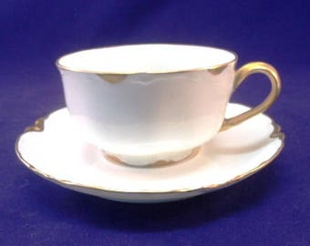 Haviland France Gold and White Flat Cup and Saucer, Ranson