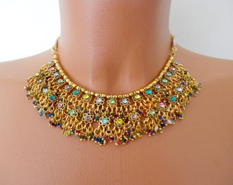 Vintage necklace, Retro Beaded Bib Collar, Flowers, Gold Tone