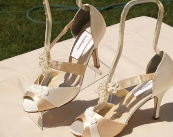 """Ivory Champagne Wedding Shoes 3"""" heels,Dangling pearls Vintage style shoes,Peep Toe Heels, Old Hollywood, Great Gatsby Style, Ready to Ship"""