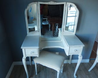 White Vintage Vanity and Bench - Shabby Mirrored Ladies Vanity - Painted Mirrored Vanity and Bench - Cottage Chic Vanity - DELIVERY ONLY